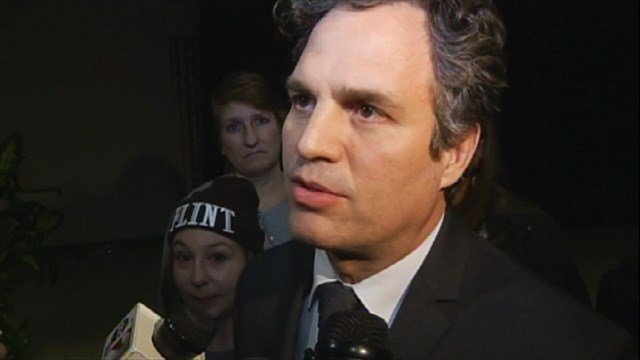 Mark Ruffalo comes to Flint amid Flint Water Crisis. (Source: WNEM)