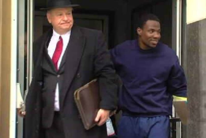 Omar Pouncy (right) (Source: WNEM)