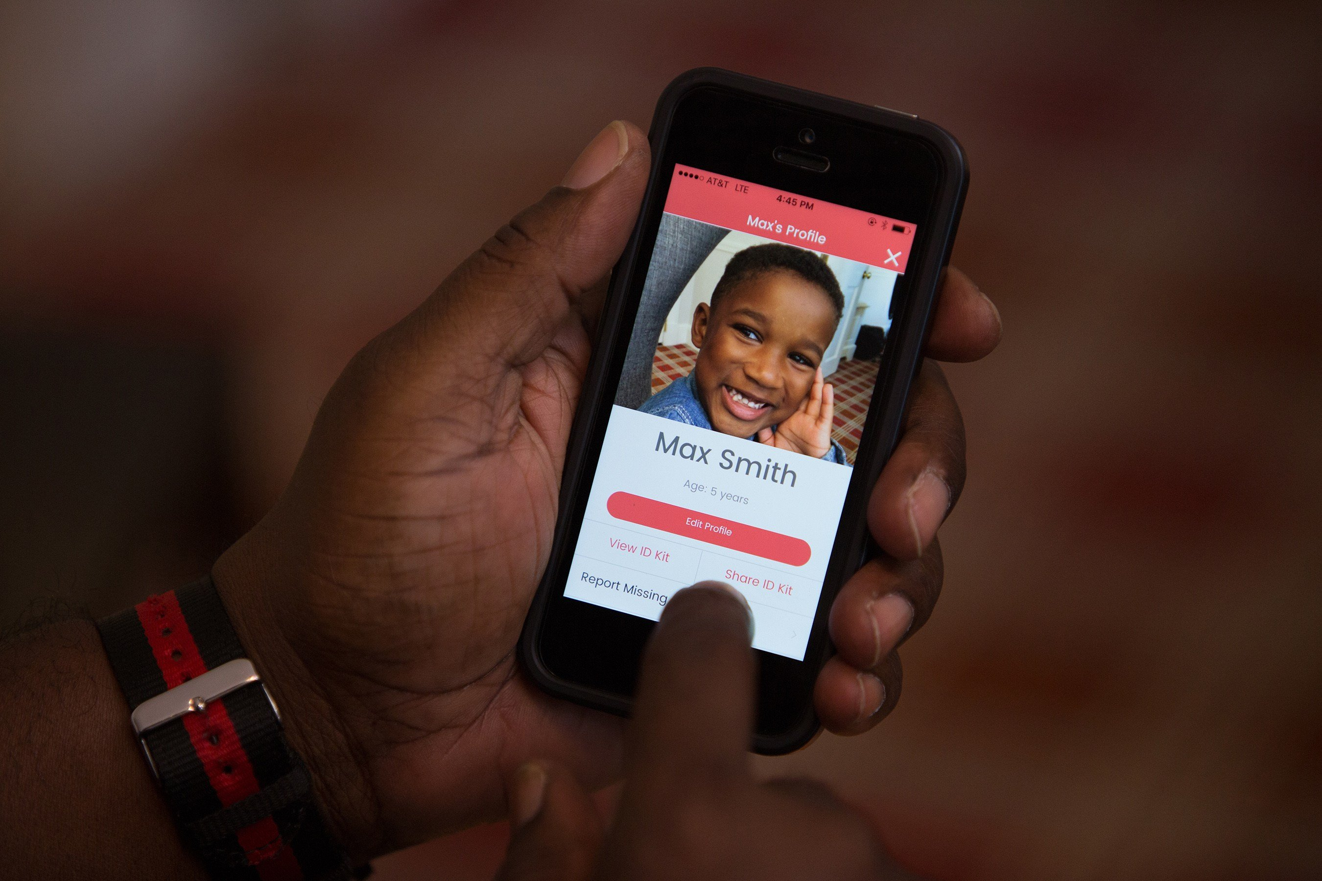 With the touch of a button, the app can send an up-to-date photo, descriptive information and digital fingerprints to law enforcement if a child goes missing. The app will remind users when it's time to update the photo of their child. Source: NCMEC