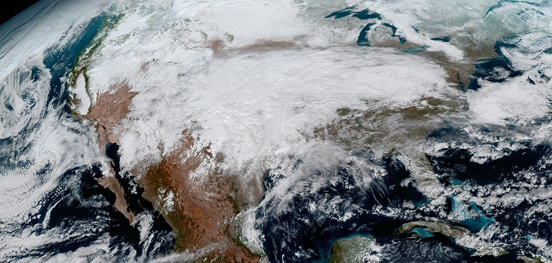 High Res photo of North America taken from GOES-16. (Source: NOAA/NASA)