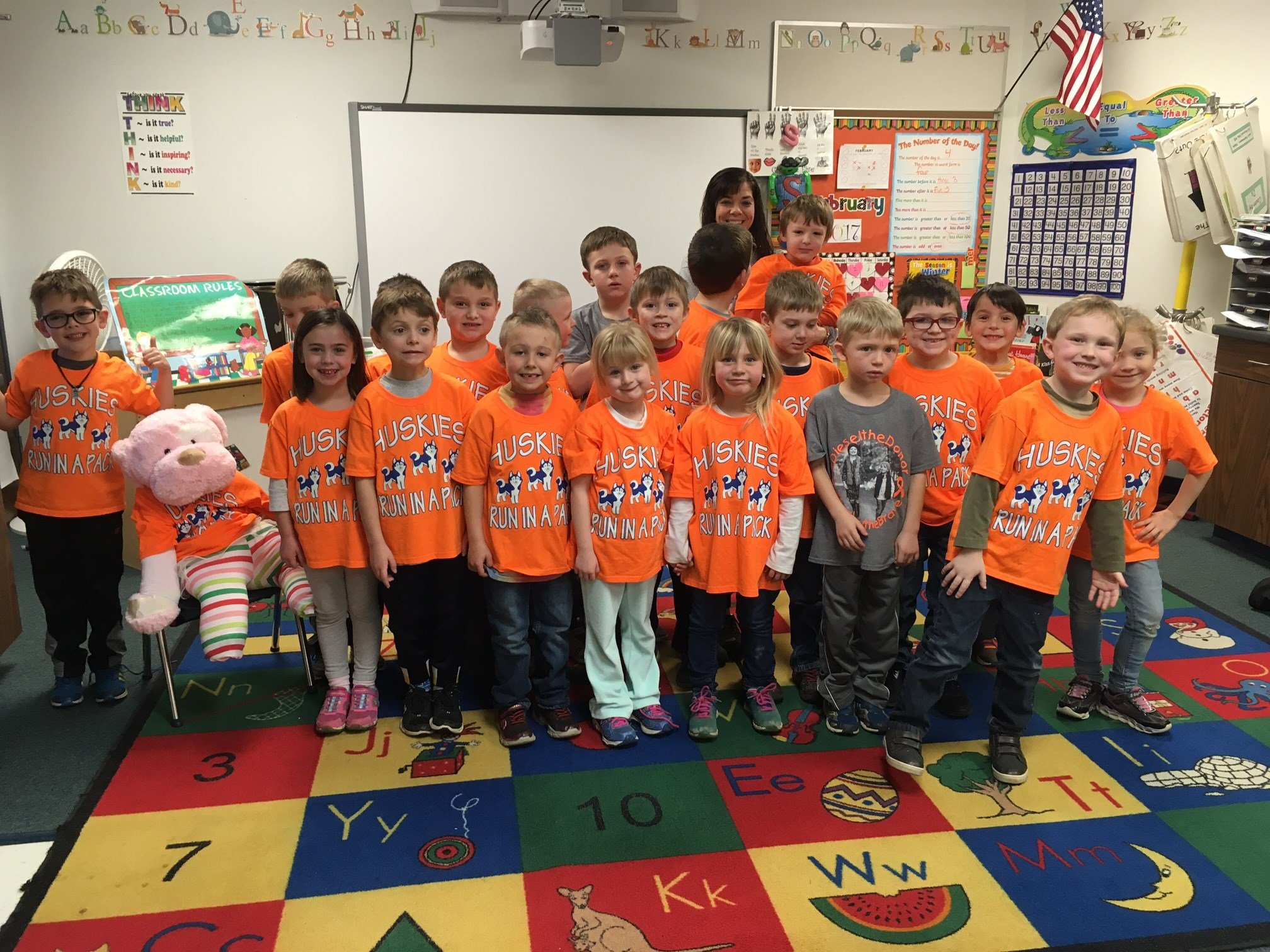 Students at Hemlock Elementary wear shirts in honor of Brinley.