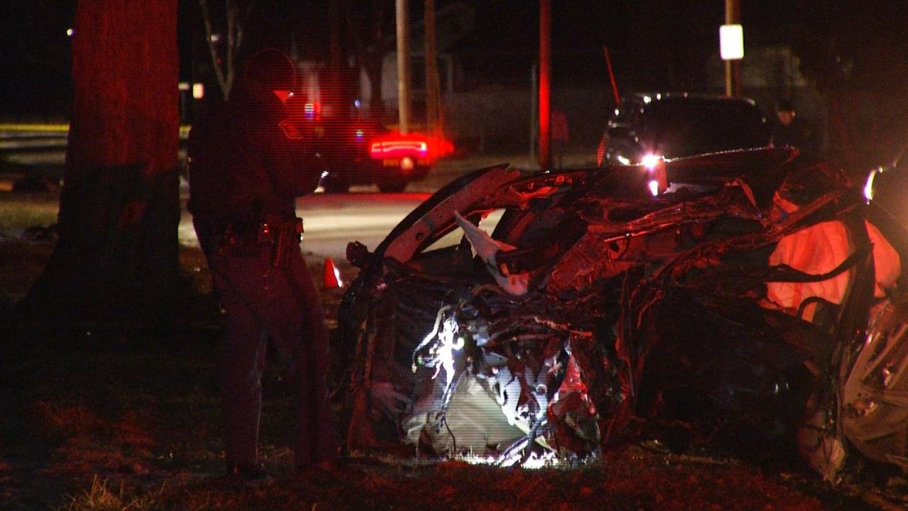 MSP investigates fatal crash on S. Russell in Saginaw