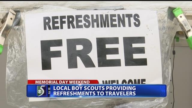 Boy Scout troop provides pick-me-up to drivers