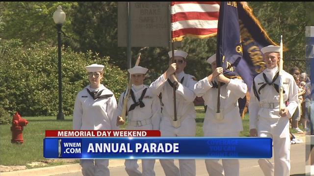 Veteran, 92, walks as grand marshal in Memorial Day parade