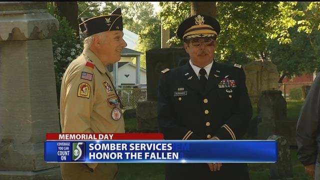 Residents honor fallen soldiers at Bay County cemetery