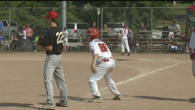 Hoyt Park hosts International softball tournament