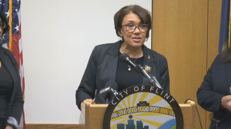 Flint Mayor Karen Weaver (Source: WNEM)
