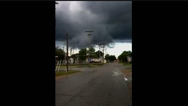 VIDEO: Storm moving through Millington