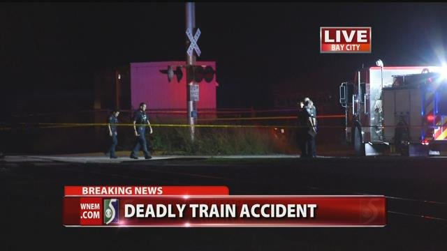 Man killed by train in Bay City
