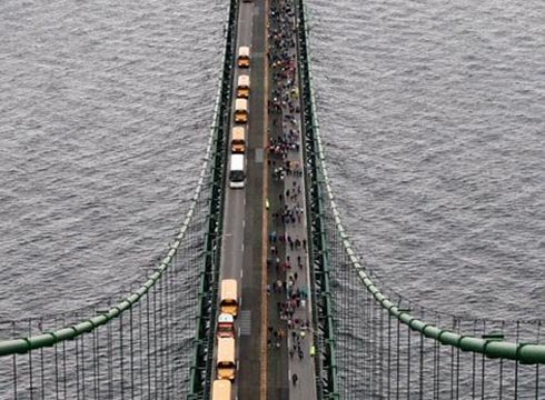 Mackinac Bridge to close Monday for bridge walk