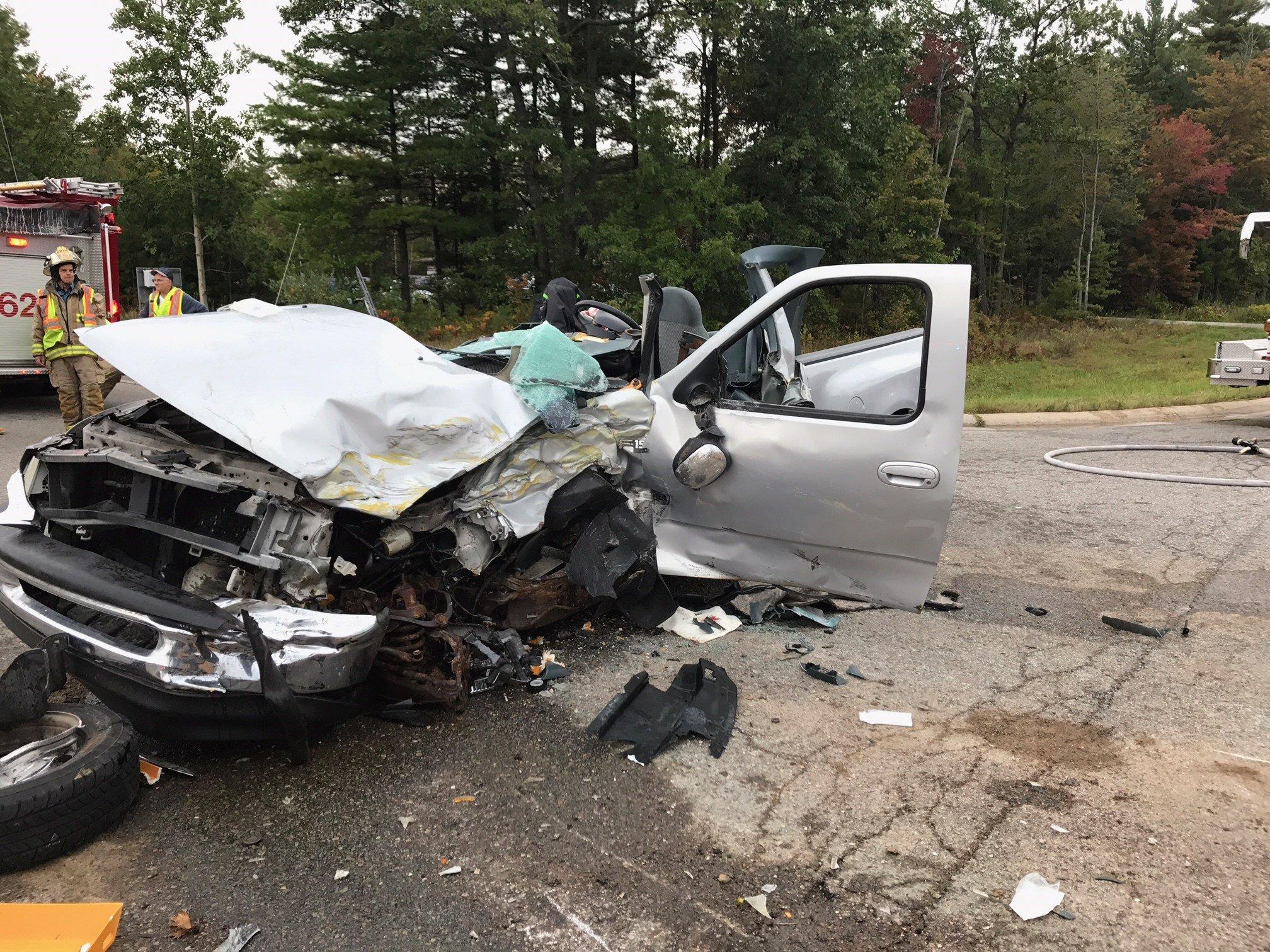 Truck driver hurt in school bus accident - WNEM TV 5