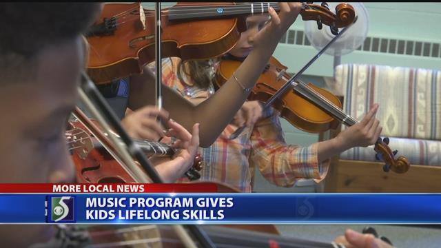Video: Mid-Michigan program teaches kids string instruments