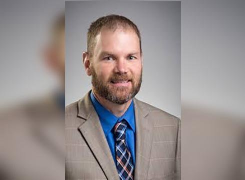 Clarkston superintendent resigns over relationship with recent grad