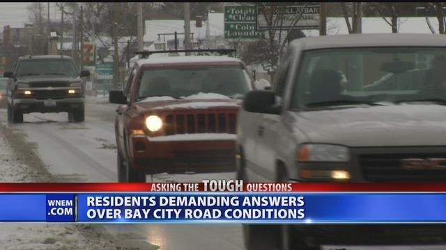 Video: Bay City residents concerned with city's snow, ice removal