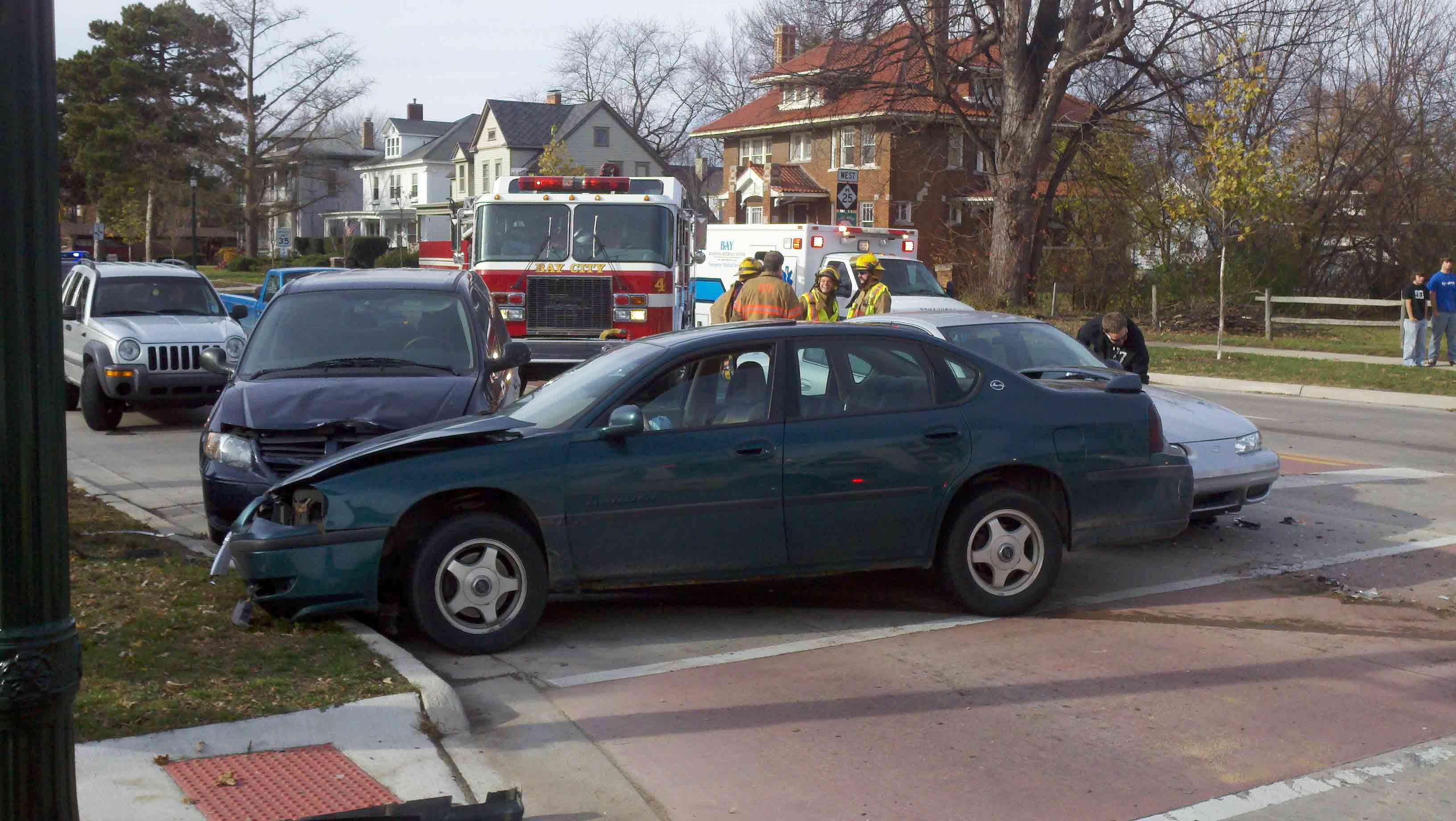 Multi Car Crash In Bay City Causes Injuries Wnem Tv 5