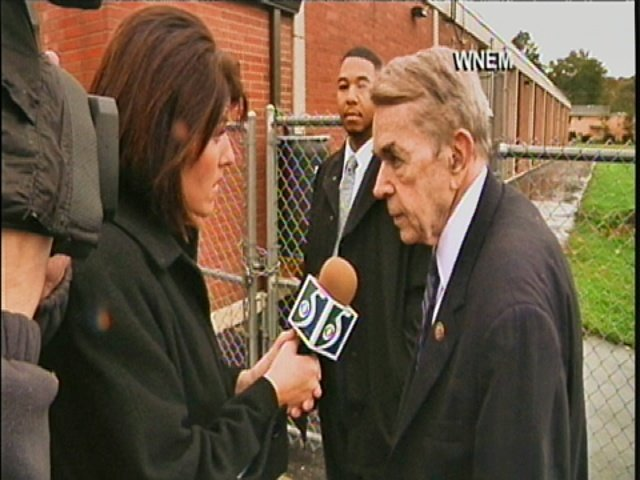 Katie O'Mara questions Congressman Kildee