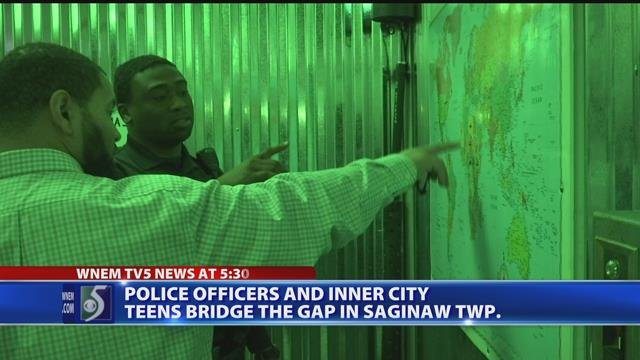 Video: Law enforcement use escape room to 'bridge the gap' with teens