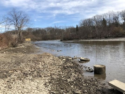 North end of lake, returning to historic stream channel. (Source: FRWC)