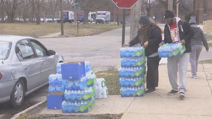 Gov. Snyder declares ending bottled water services for Flint