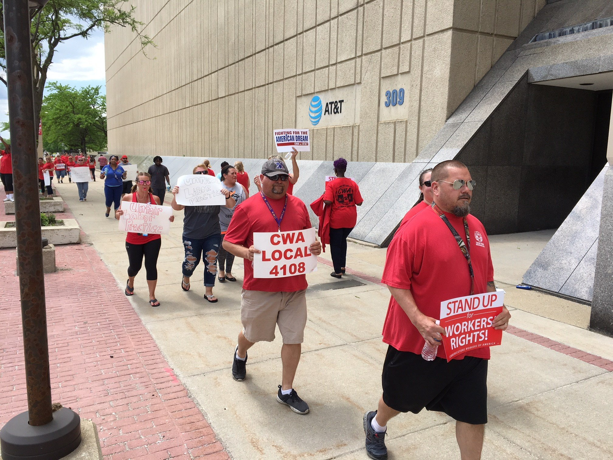 More than 300 AT&T workers in Dayton go on strike