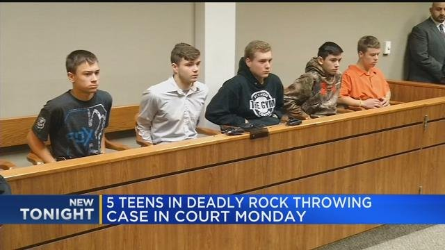 Video: Five teens in I-75 rock-throwing death due back in court