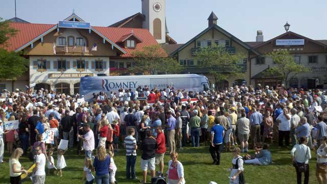 Crowd in Frankenmuth