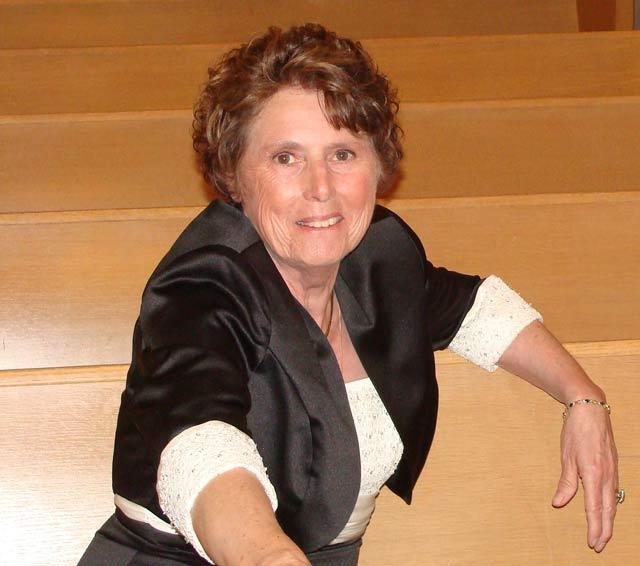Lilian Cary