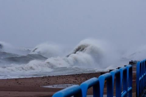 Lake Huron waves crashing on Tuesday.