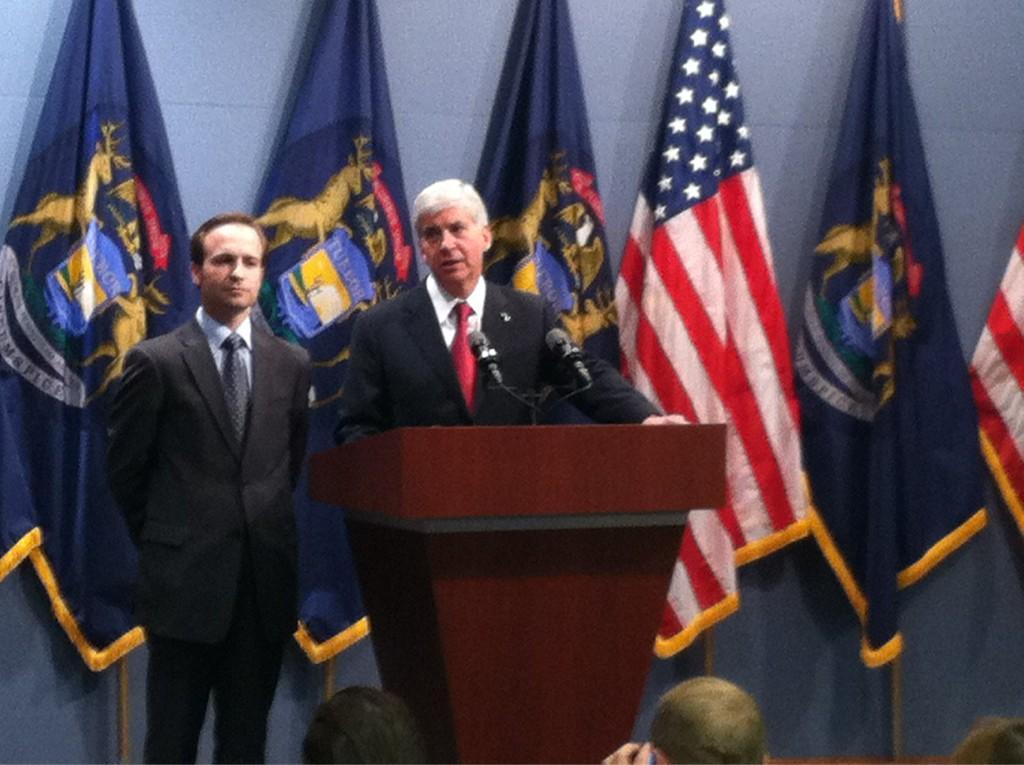 Gov. Snyder addresses media shortly after signing Right to Work Legislation
