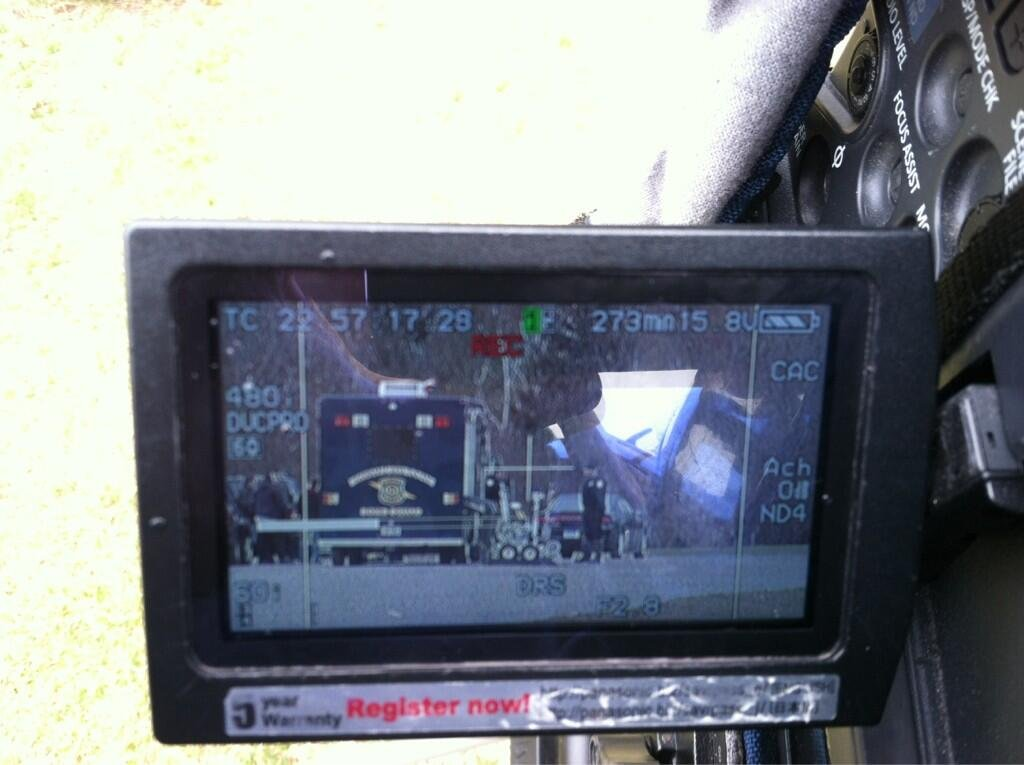 A bomb squad robot is visible in the viewscreen above.