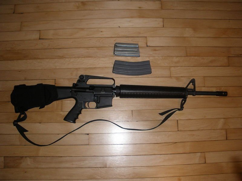 The image above shows an AR-15 -- not the exact weapon the Iraqi War vet used to thwart the burglary.