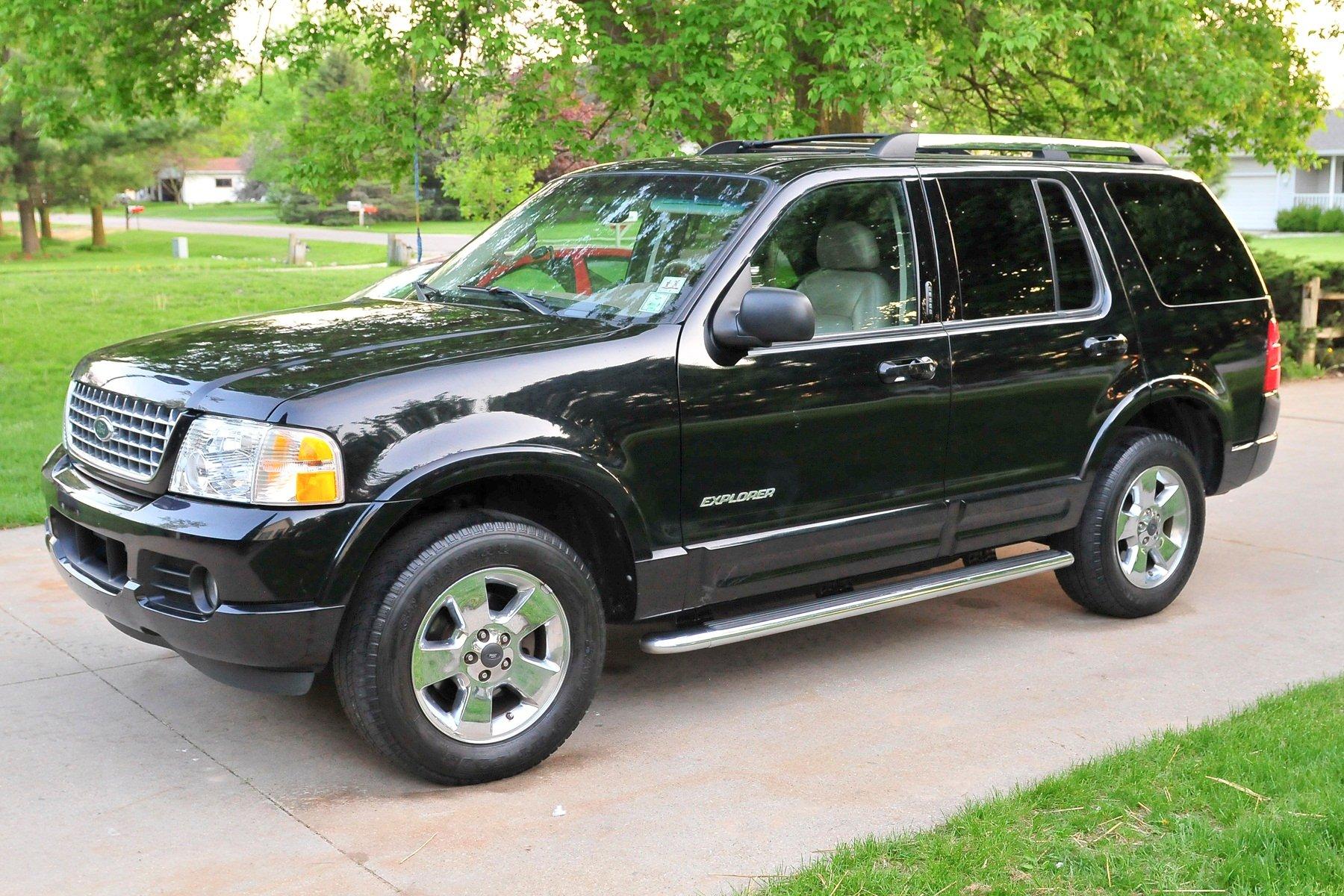Black Ford Explorer, License Plate BCQ 4820