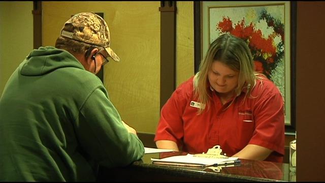 housekeeper finds returns 8600 to newlyweds fox